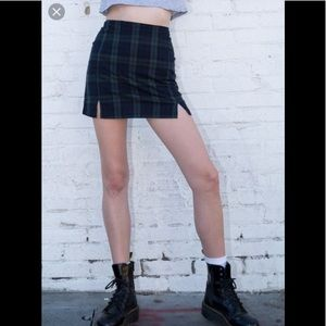 Brandy Melville Cara Mini Skirt Navy Blue Plaid